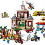 LEGO City 60271 Stadtplatz (2)