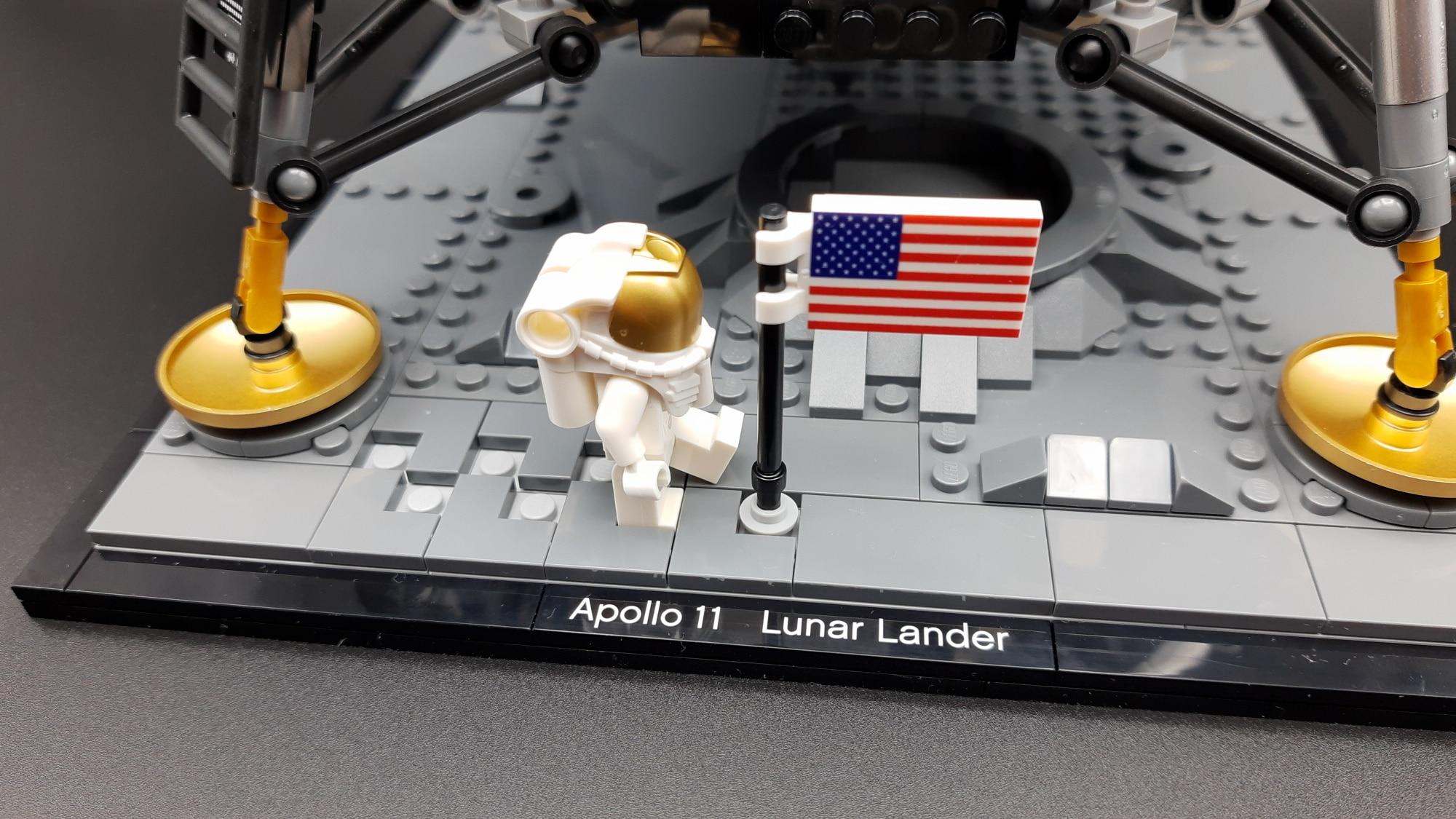 LEGO 10266 Nasa Apollo 11 Mondlandefähre - Fußspuren