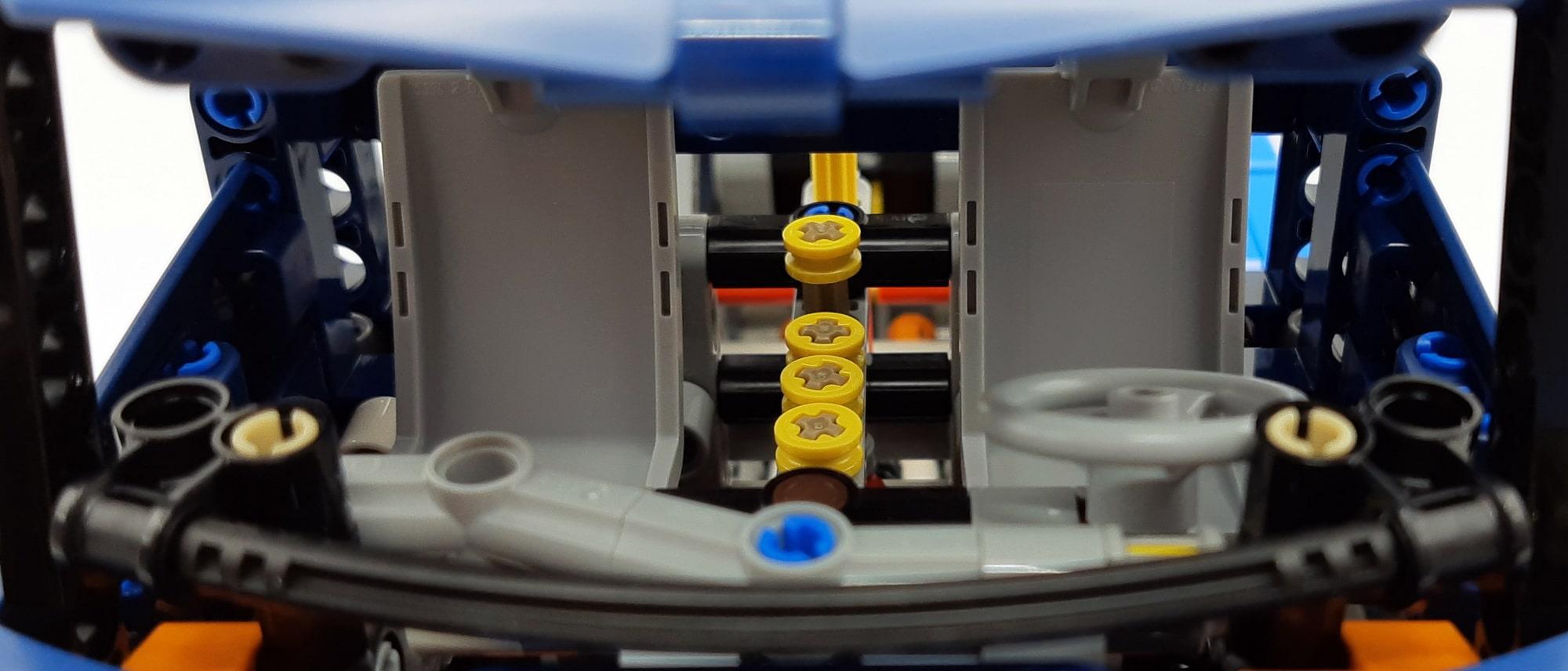 LEGO 42112 Betonmischer Lkw - Detail Motor