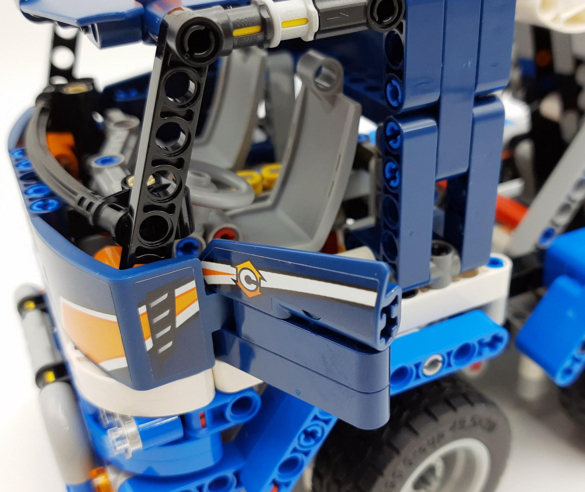 LEGO 42112 Betonmischer Lkw - Detail Tür