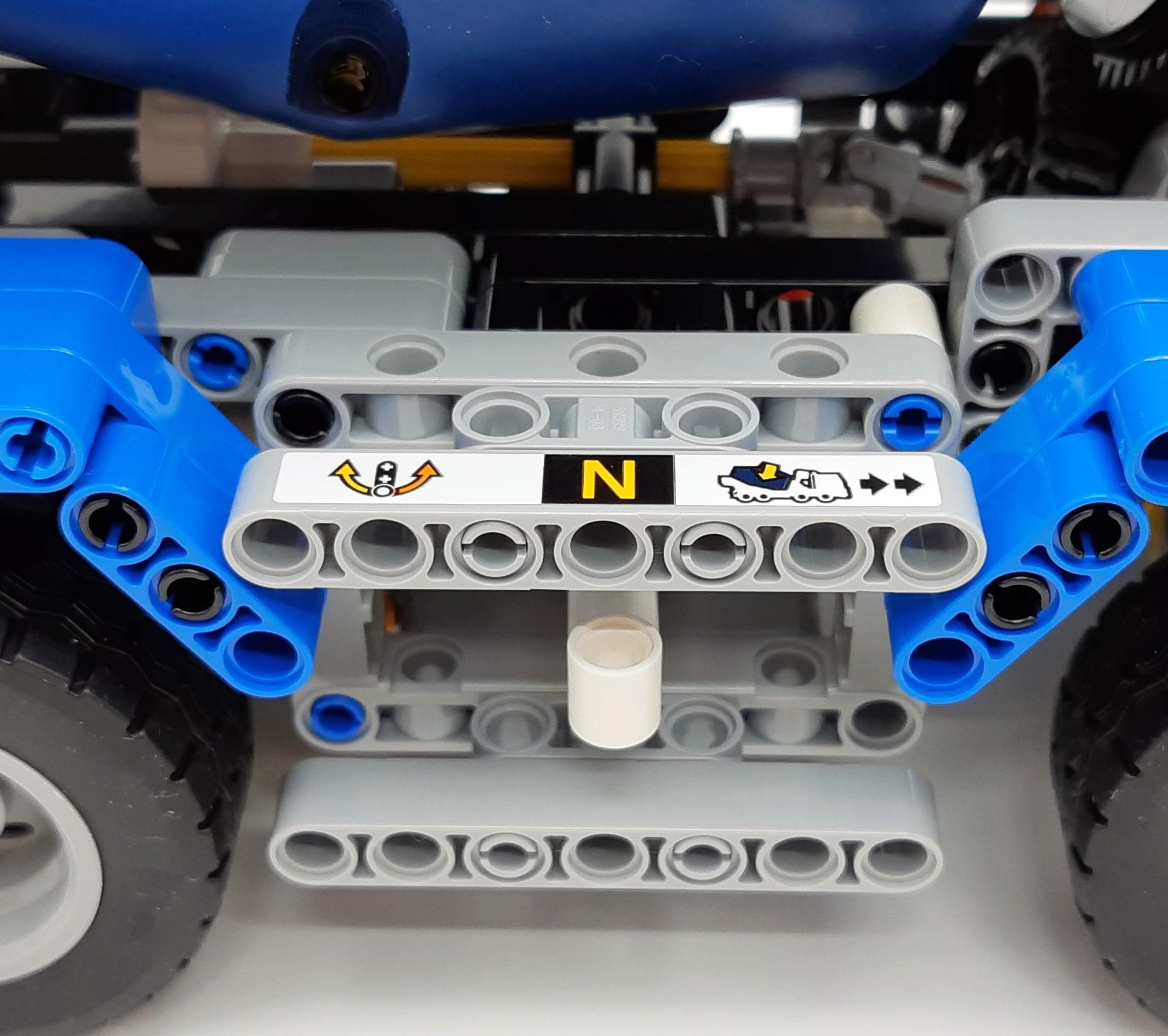 LEGO 42112 Betonmischer Lkw - Detail Umschalter