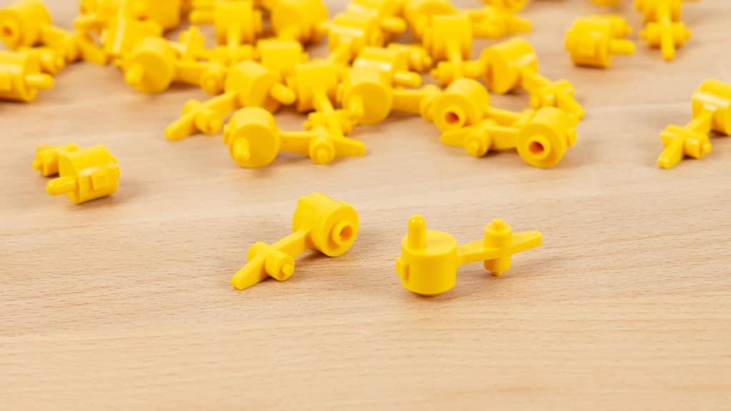 LEGO Iron Builder Weichenhebel Gelb