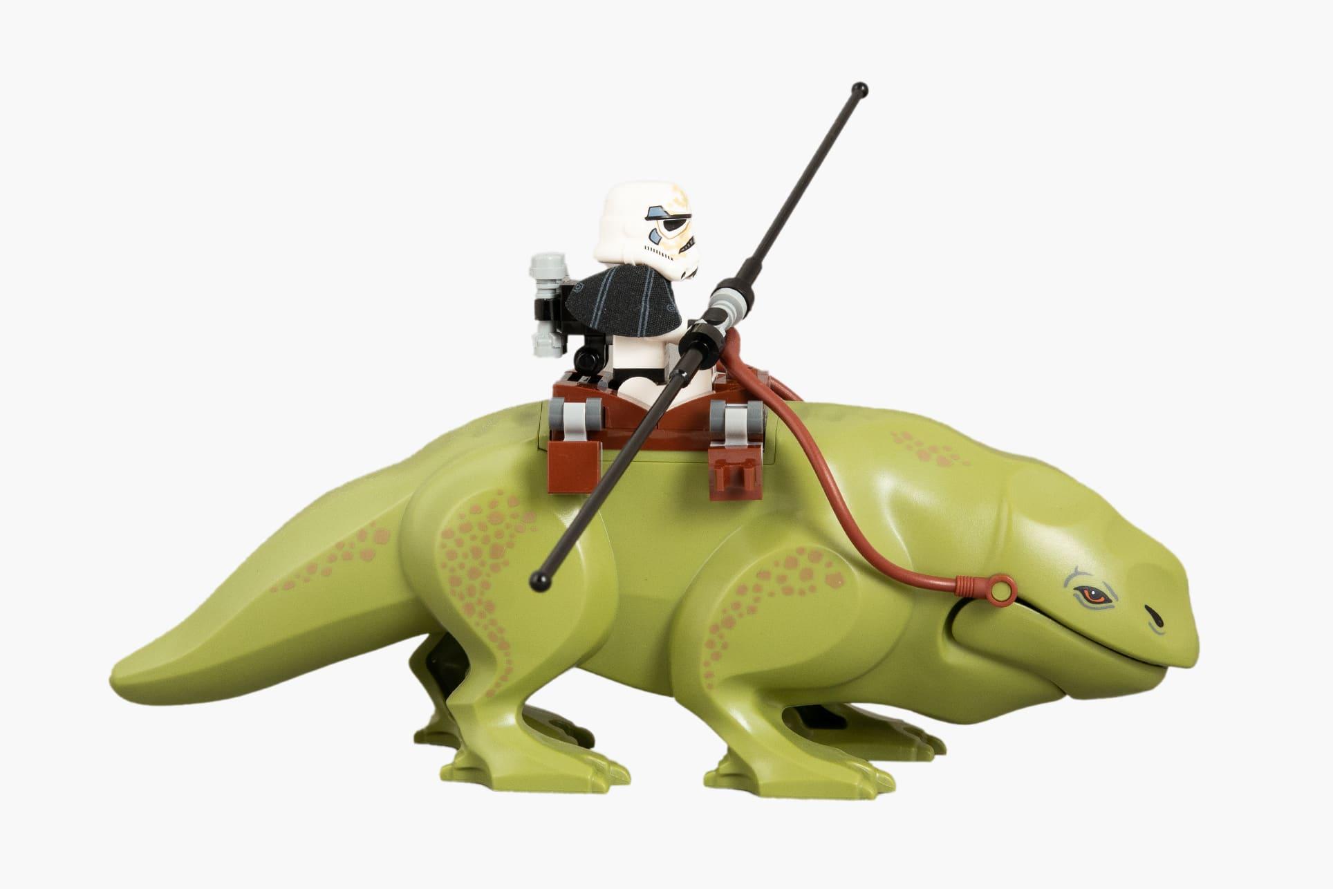 LEGO Star Wars 75052 Mos Eisley Cantina Dewback