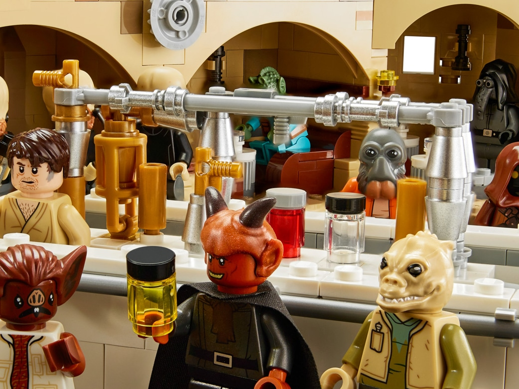 LEGO Star Wars 75052 Mos Eisley Cantina Silver Cones