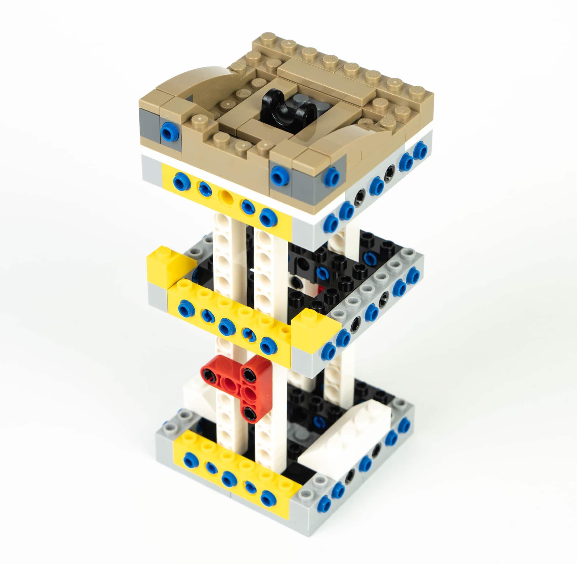 LEGO Star Wars 75318 Aufbau 3