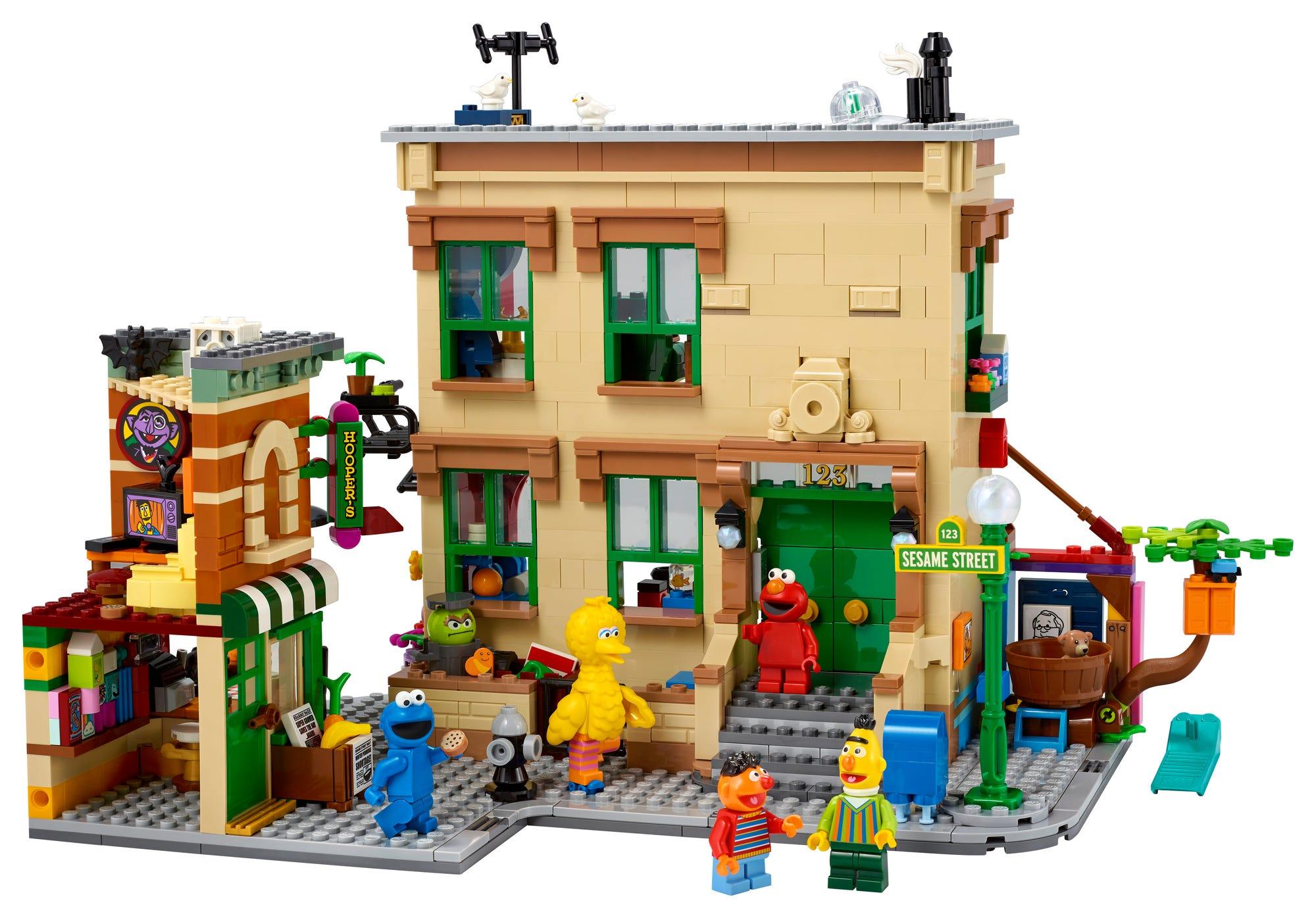 LEGO Ideas 21324 Sesame Street (1)