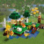 LEGO Minecraft 21165 Bienen Farm 02