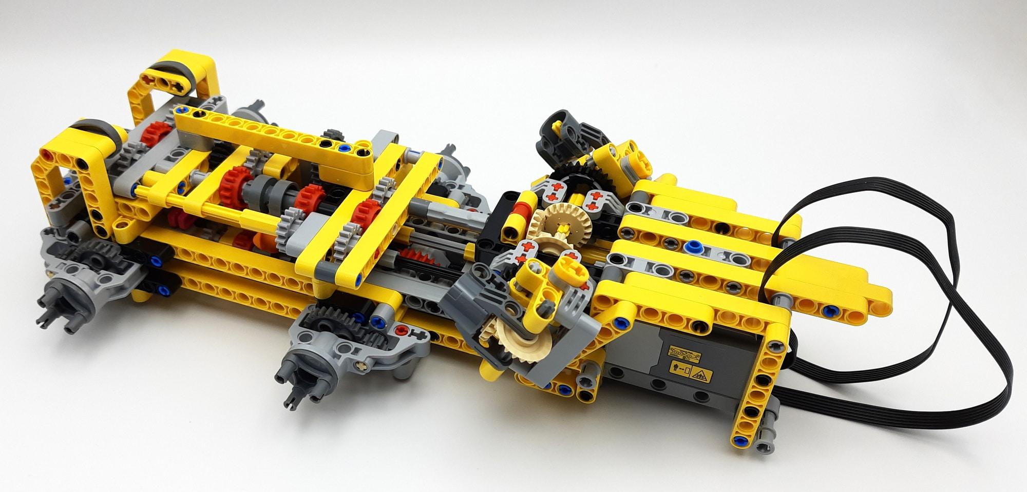 LEGO 42114 Knickgelenkter Volvo Dumper Bauabschnitt 1