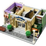 LEGO Modular Building 10278 Polizeistation 11