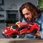 LEGO Technic 42125 Ferrari 488 Gte (10)