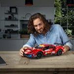LEGO Technic 42125 Ferrari (6)