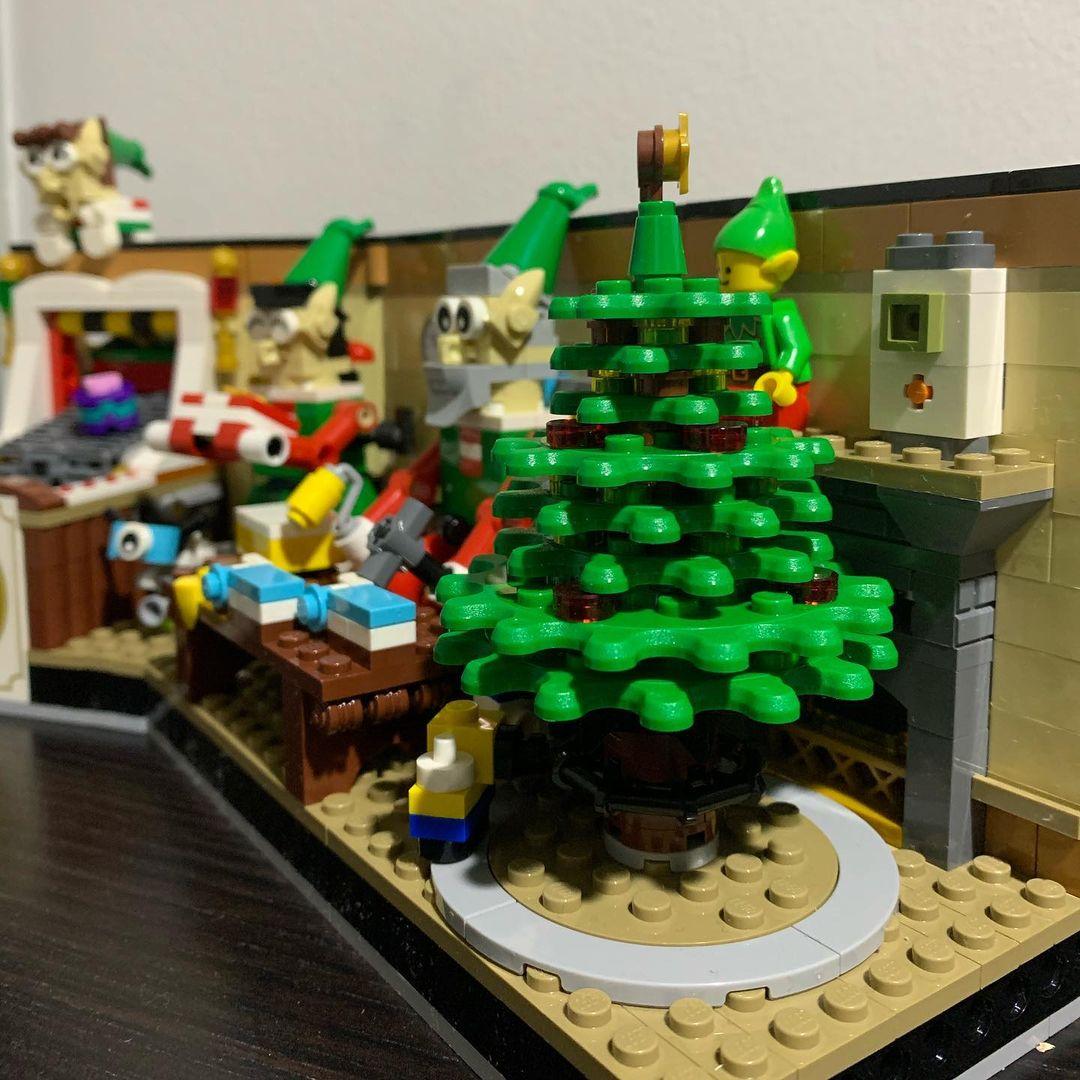 LEGO 4002020 Mitarbeiter Weihnachten (1)