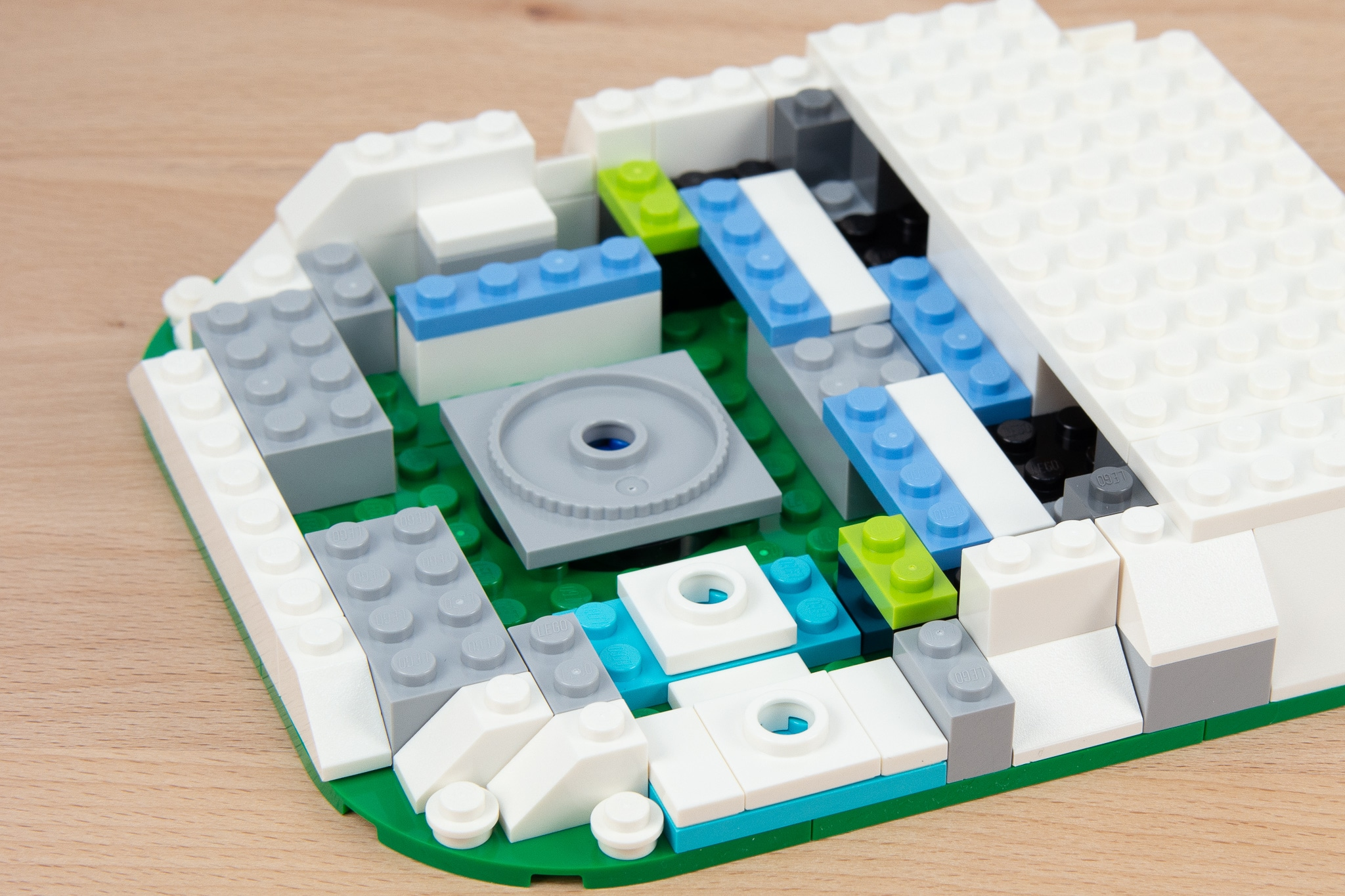 LEGO 40416 Eislaufplatz Stonewars Review (8)