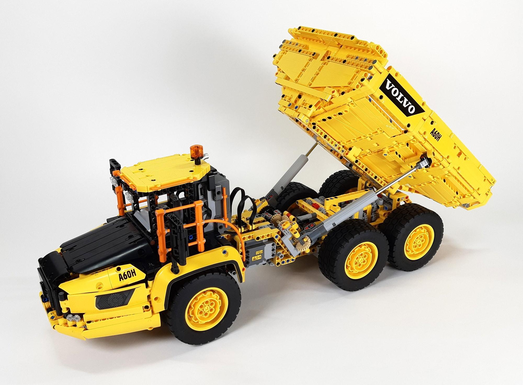 LEGO 42114 Knickgelenkter Volvo Dumper 01