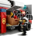 LEGO City 60282 Mobile Feuerwehreinsatzzentrale (6)