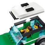 LEGO City 60288 Rennbuggy Transporter (6)