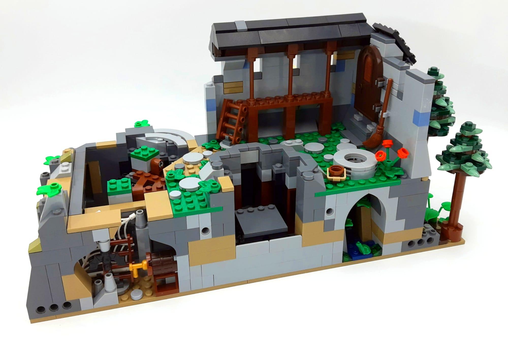 Bl19001 Castle Löwenstein Official Expansion Anpassungen Am Felsen 01