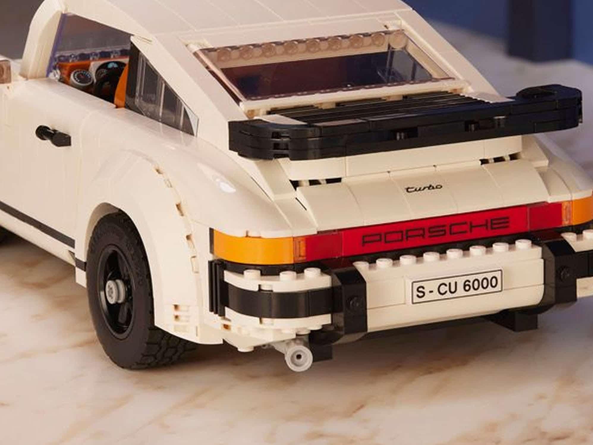 LEGO 10295 Porsche 911 Vergleichsbild LEGO