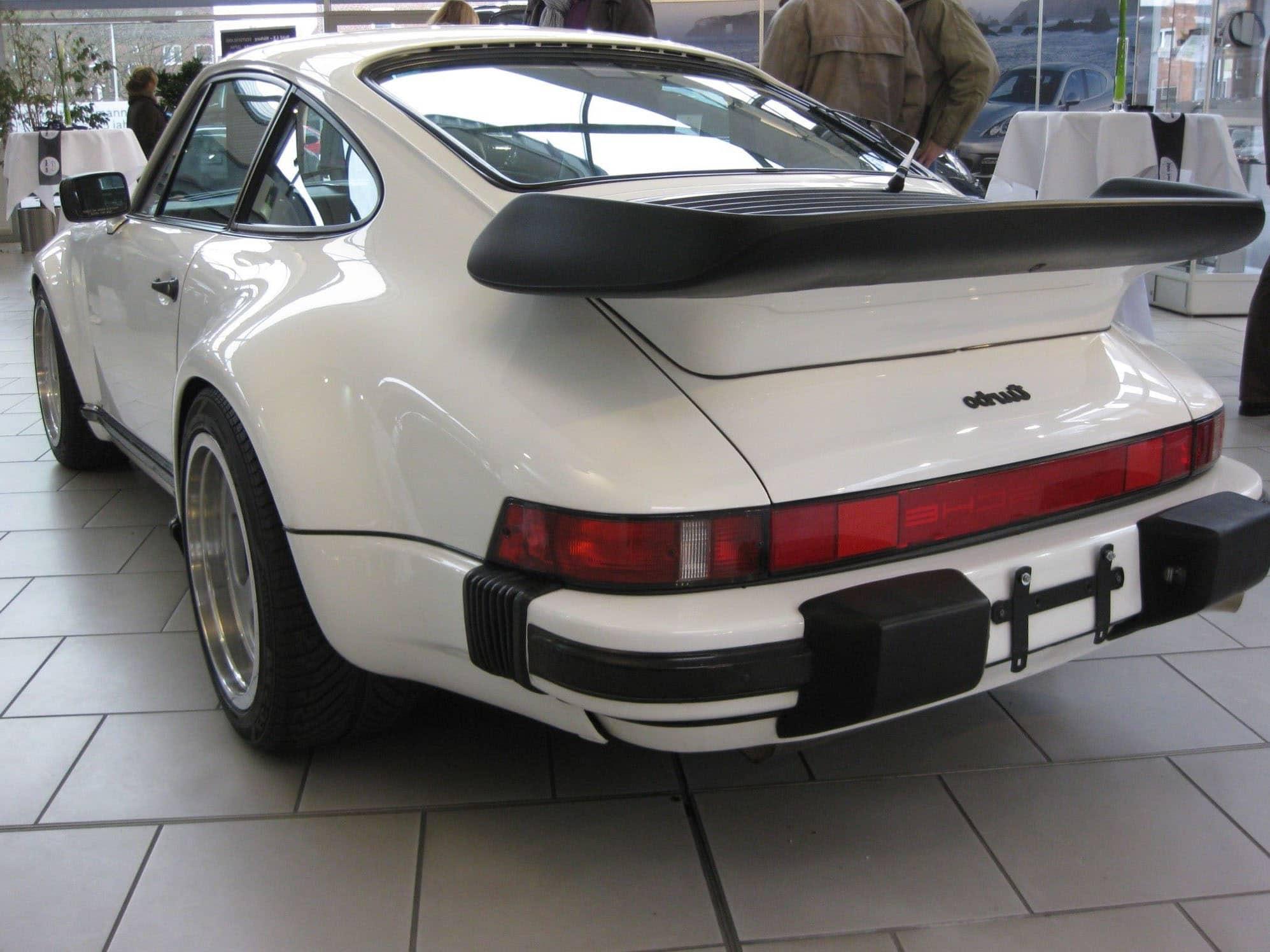 LEGO 10295 Porsche 911 Vergleichsbild Wiki