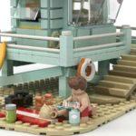 LEGO Idea Lifeguard Shack (11)