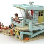 LEGO Idea Lifeguard Shack (6)