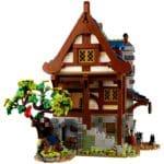 LEGO Ideas 21325 Medieval Blacksmith (5)