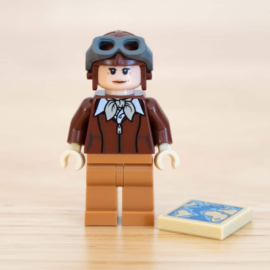 LEGO 40450 Amelia Earhart Minifigur (2)