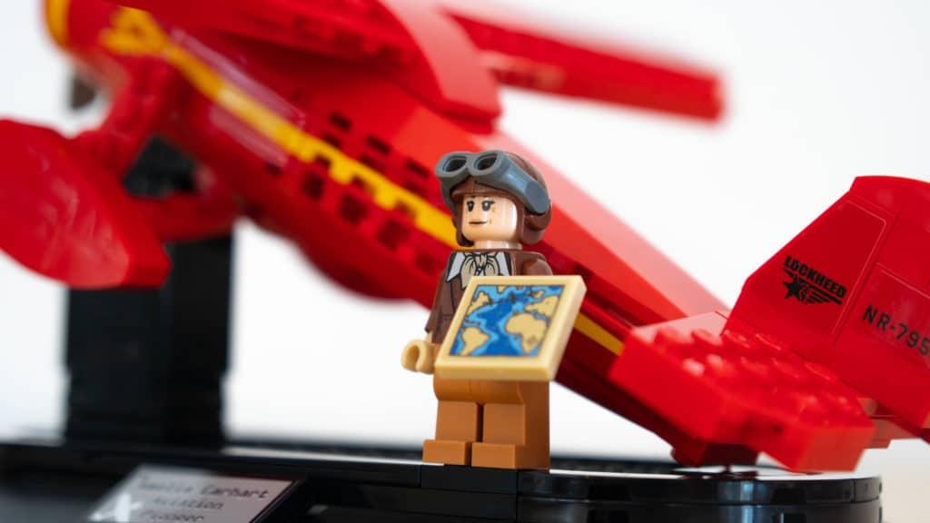 LEGO 40450 Amelia Earhart Review 32