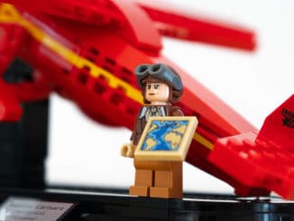 LEGO 40450 Amelia Earhart Review 32