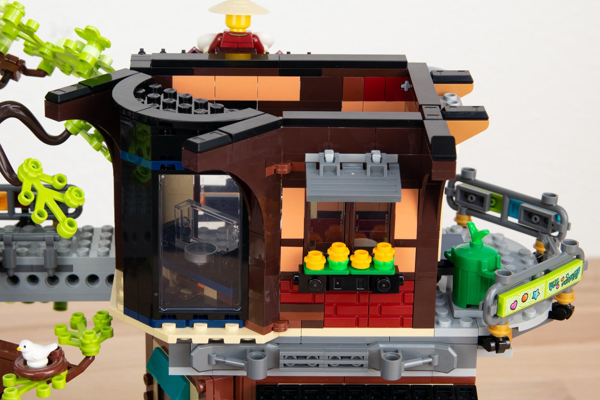 LEGO 71741 Ninjago City Gardens (16 Von 65)