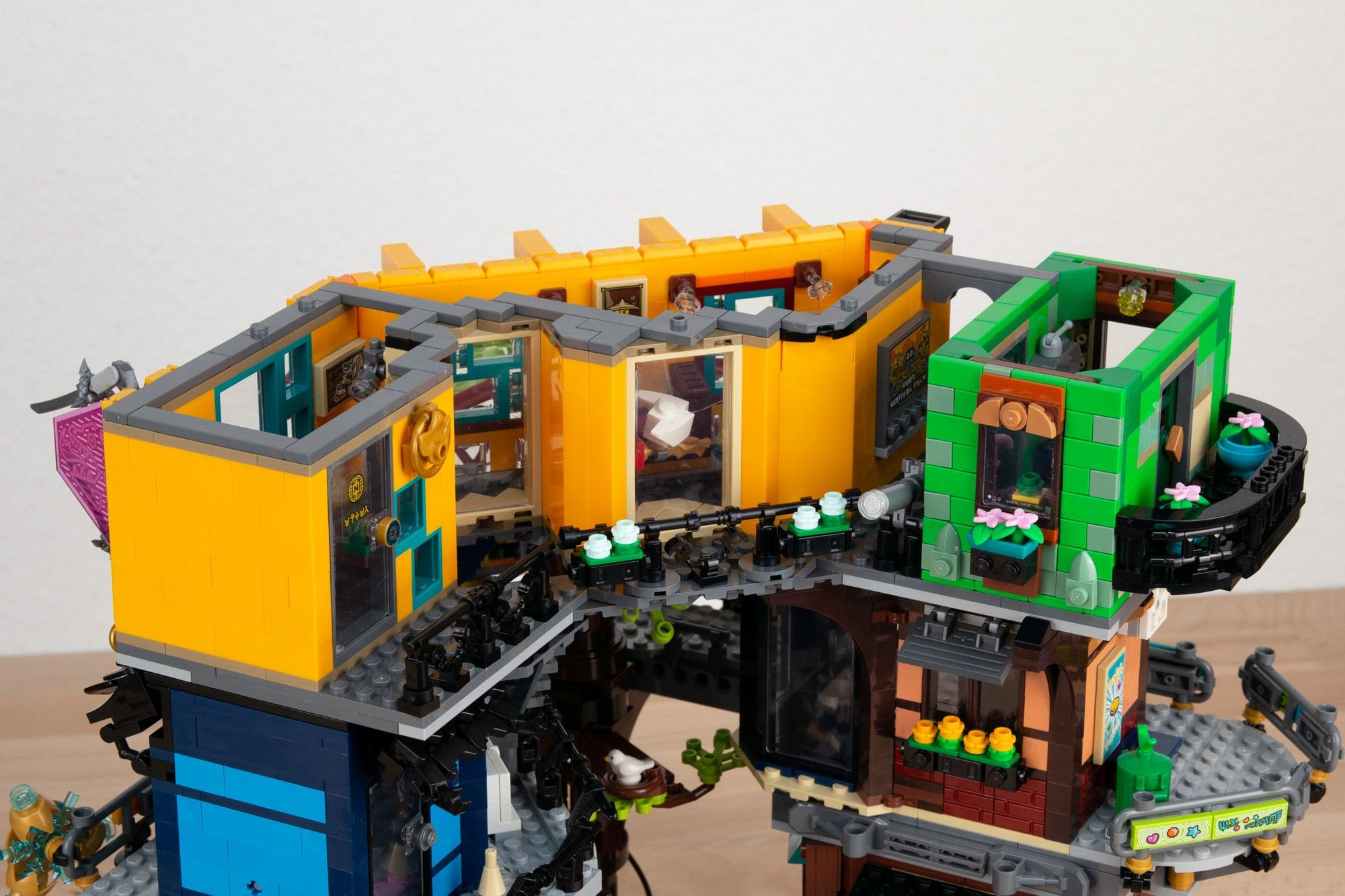 LEGO 71741 Ninjago City Gardens (17 Von 65)