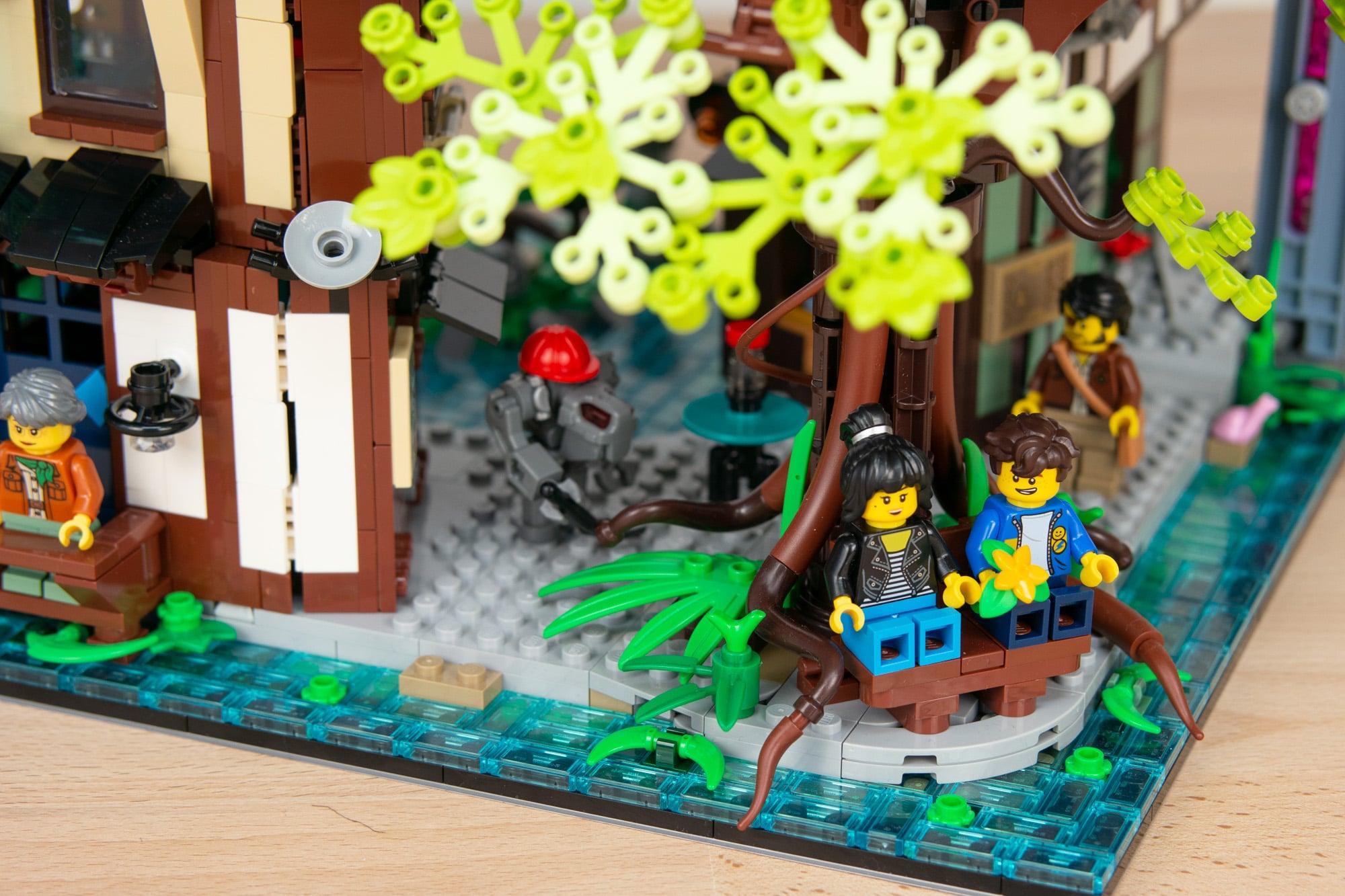 LEGO 71741 Ninjago City Gardens 49