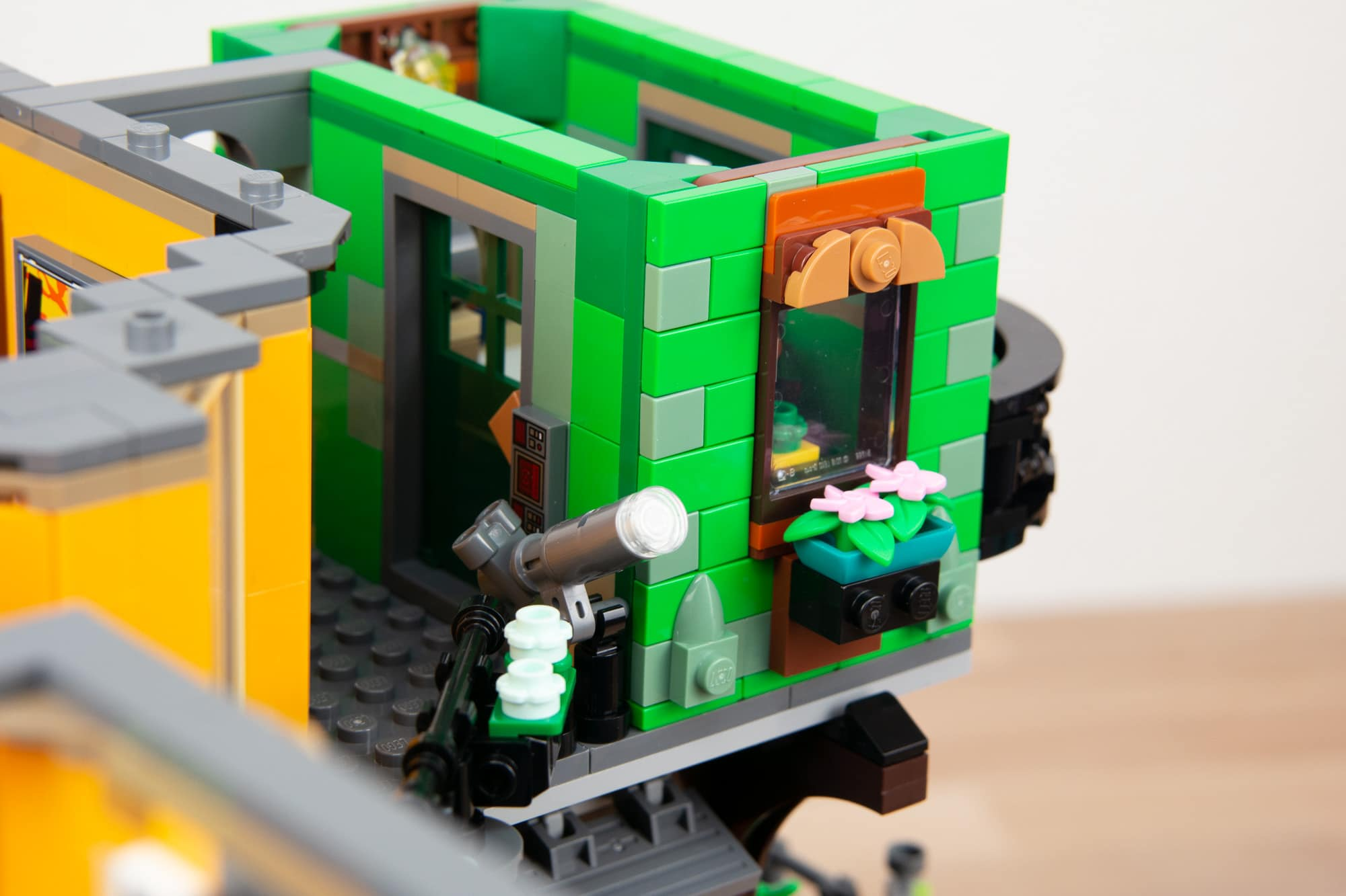 LEGO 71741 Ninjago City Gardens (51 Von 65)