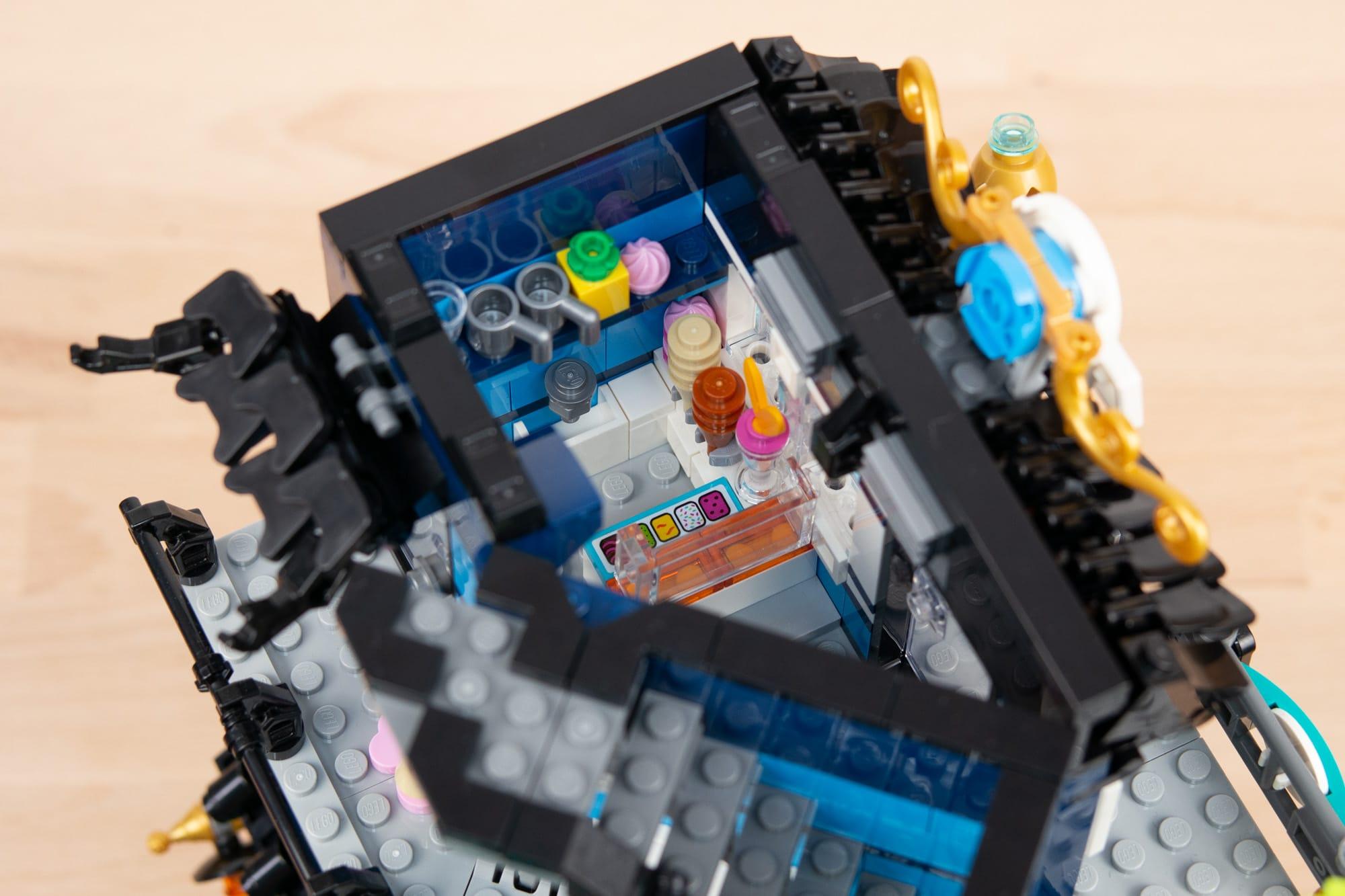 LEGO 71741 Ninjago City Gardens (57 Von 65)