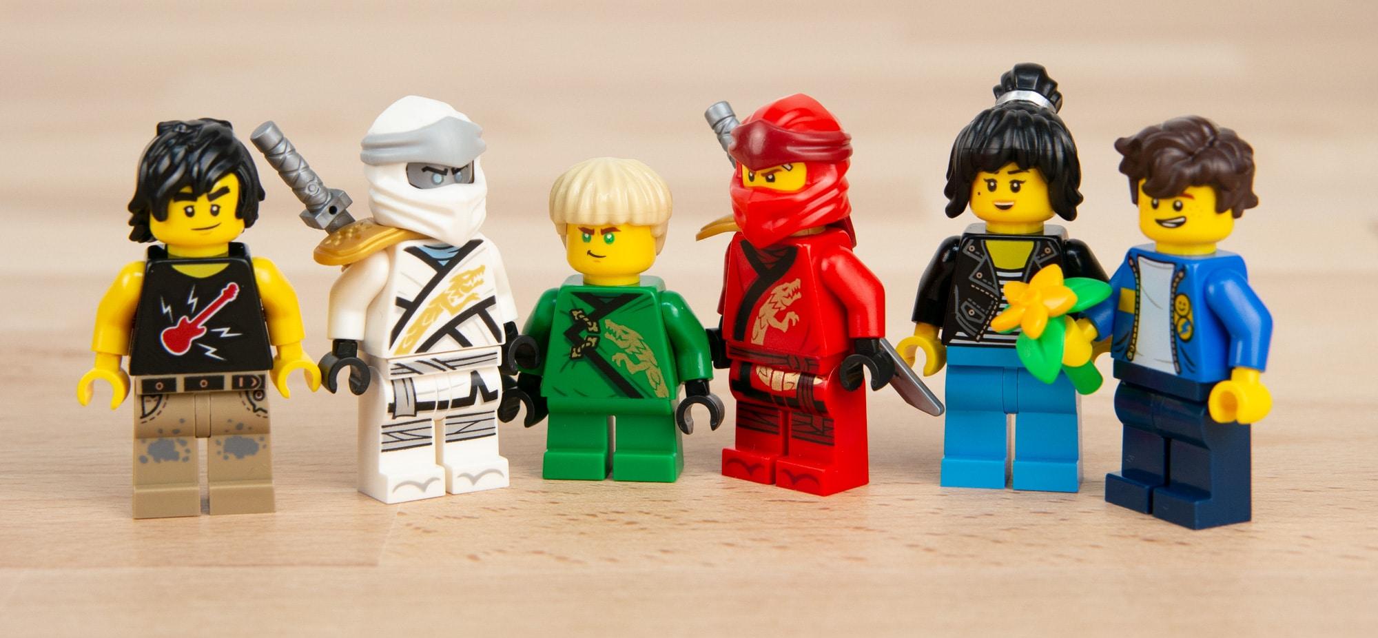 LEGO 71741 Ninjago City Gardens 72