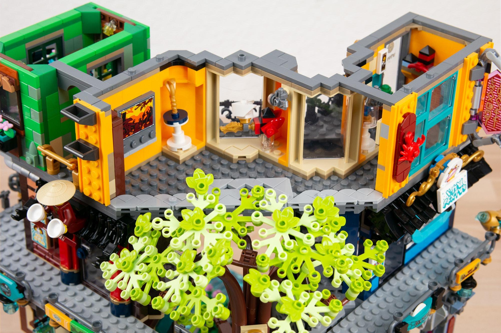 LEGO 71741 Ninjago City Gardens Museum02