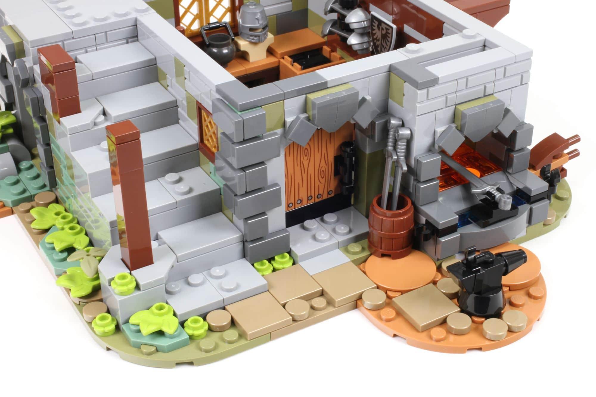 LEGO Ideas 21325 Mittelalterliche Schmiede Bauabschnitt 4 1