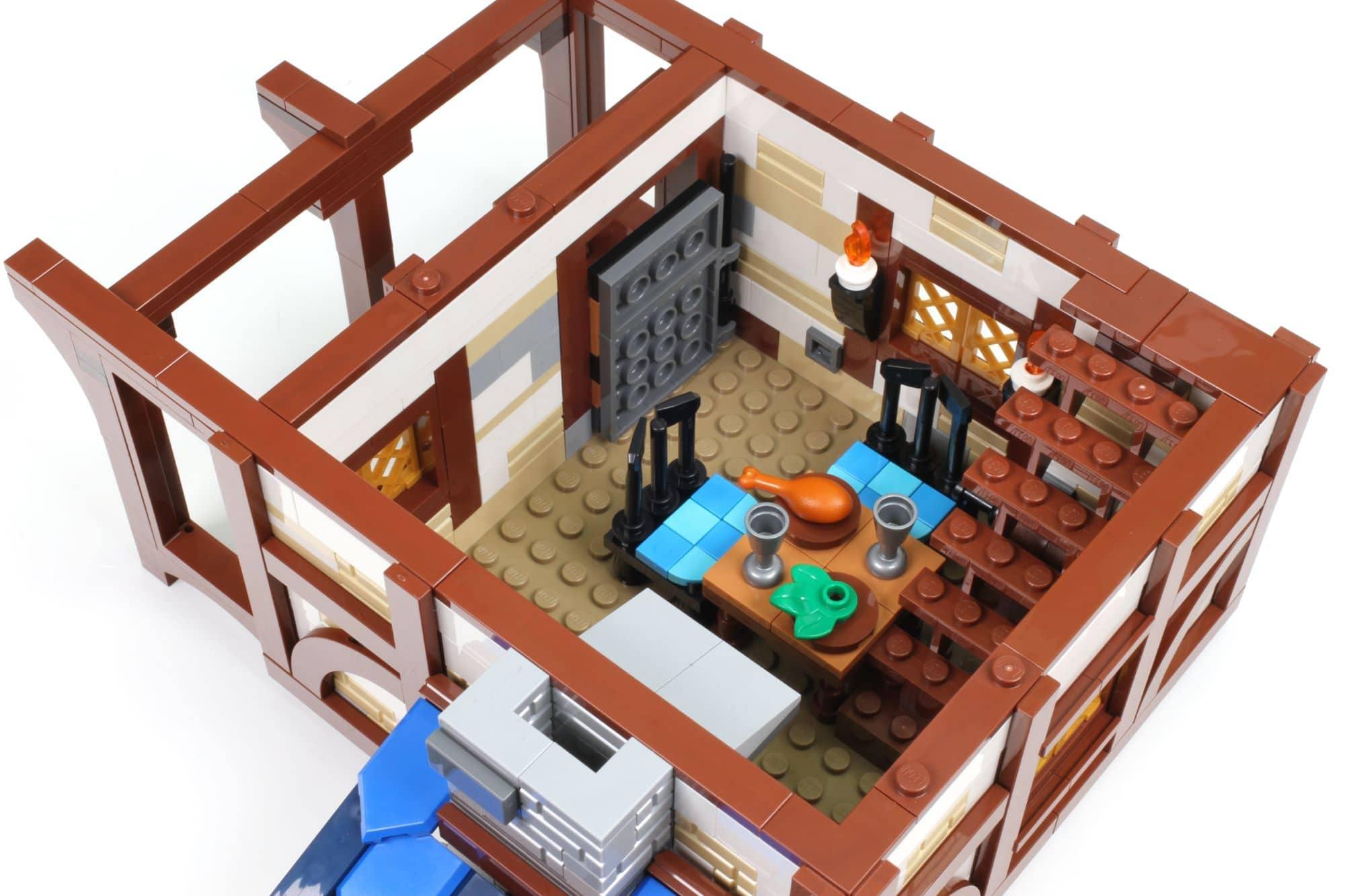 LEGO Ideas 21325 Mittelalterliche Schmiede Bauabschnitt 8 3