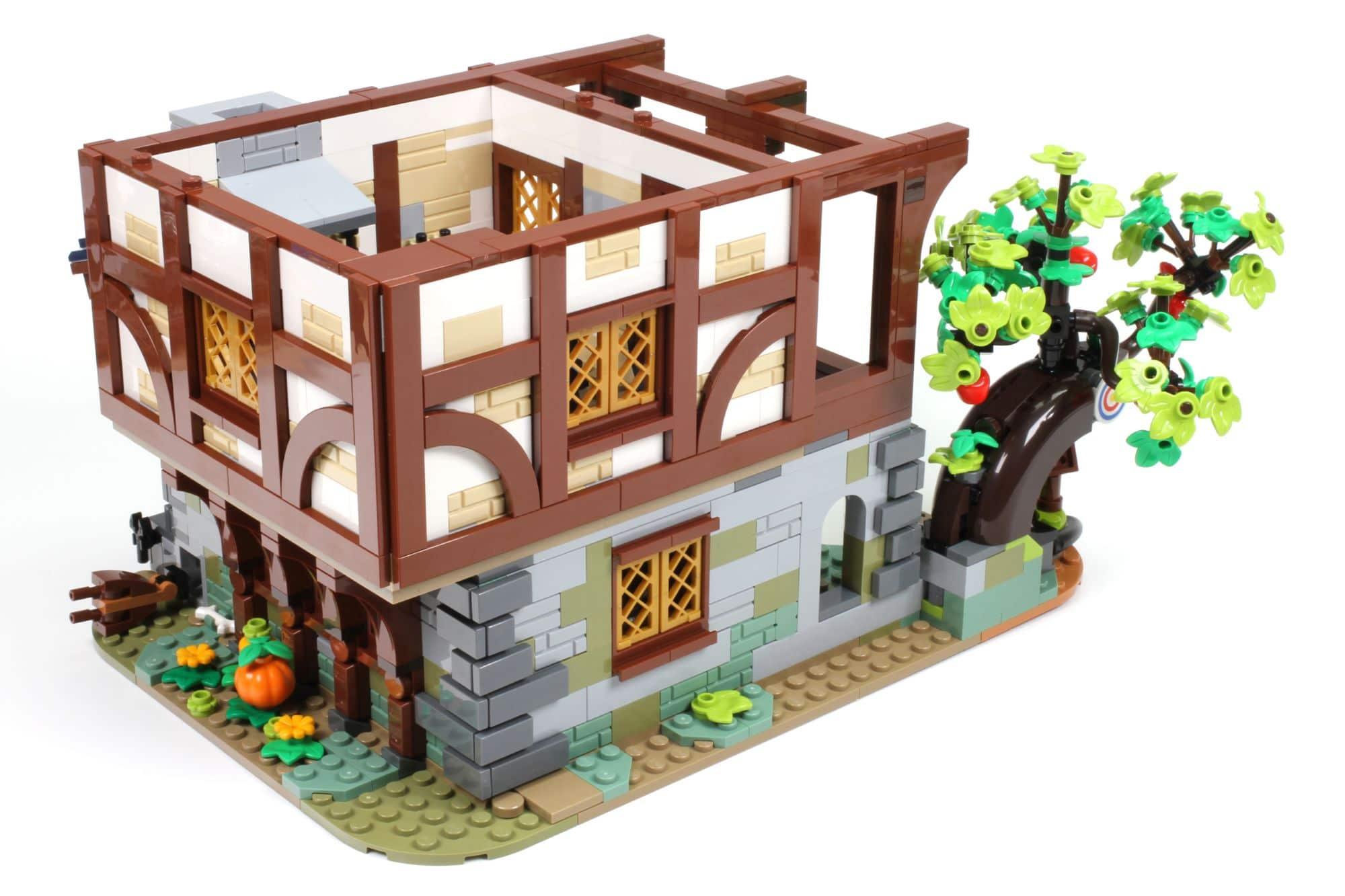 LEGO Ideas 21325 Mittelalterliche Schmiede Bauabschnitt 8 6