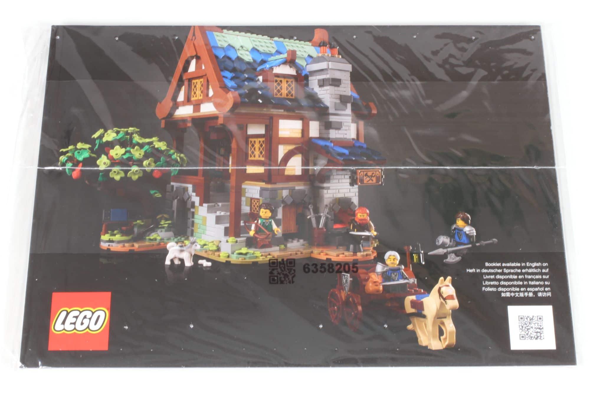 LEGO Ideas 21325 Mittelalterliche Schmiede Inhalt 16