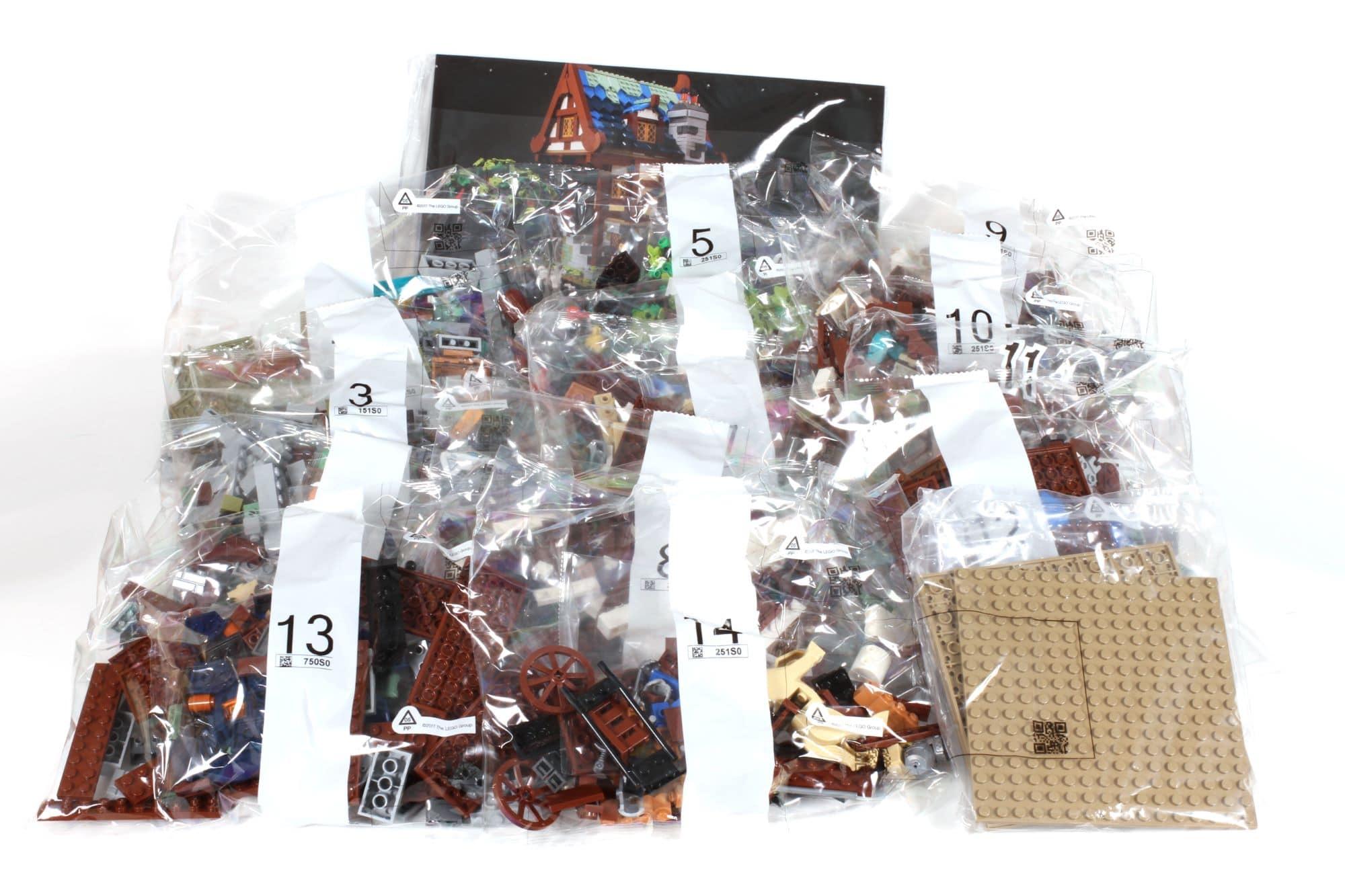 LEGO Ideas 21325 Mittelalterliche Schmiede Inhalt