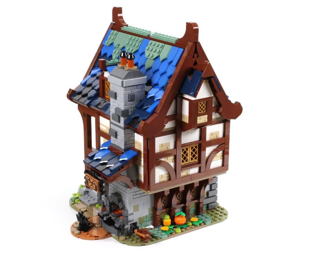 LEGO Ideas 21325 Mittelalterliche Schmiede Vergleich Slider 2