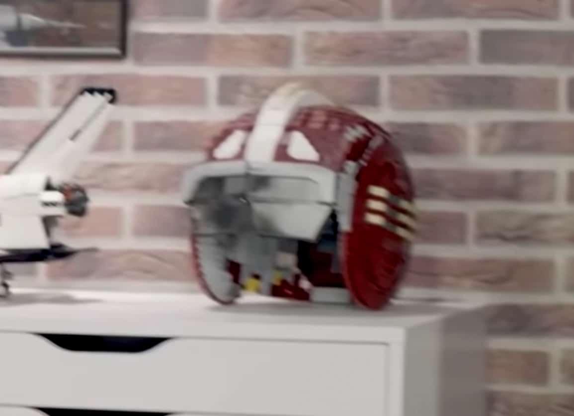 LEGO Star Wars Rebel Helmet Teaser 2
