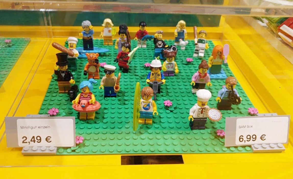 LEGO Store Termin Shopping Corona Minifigur01