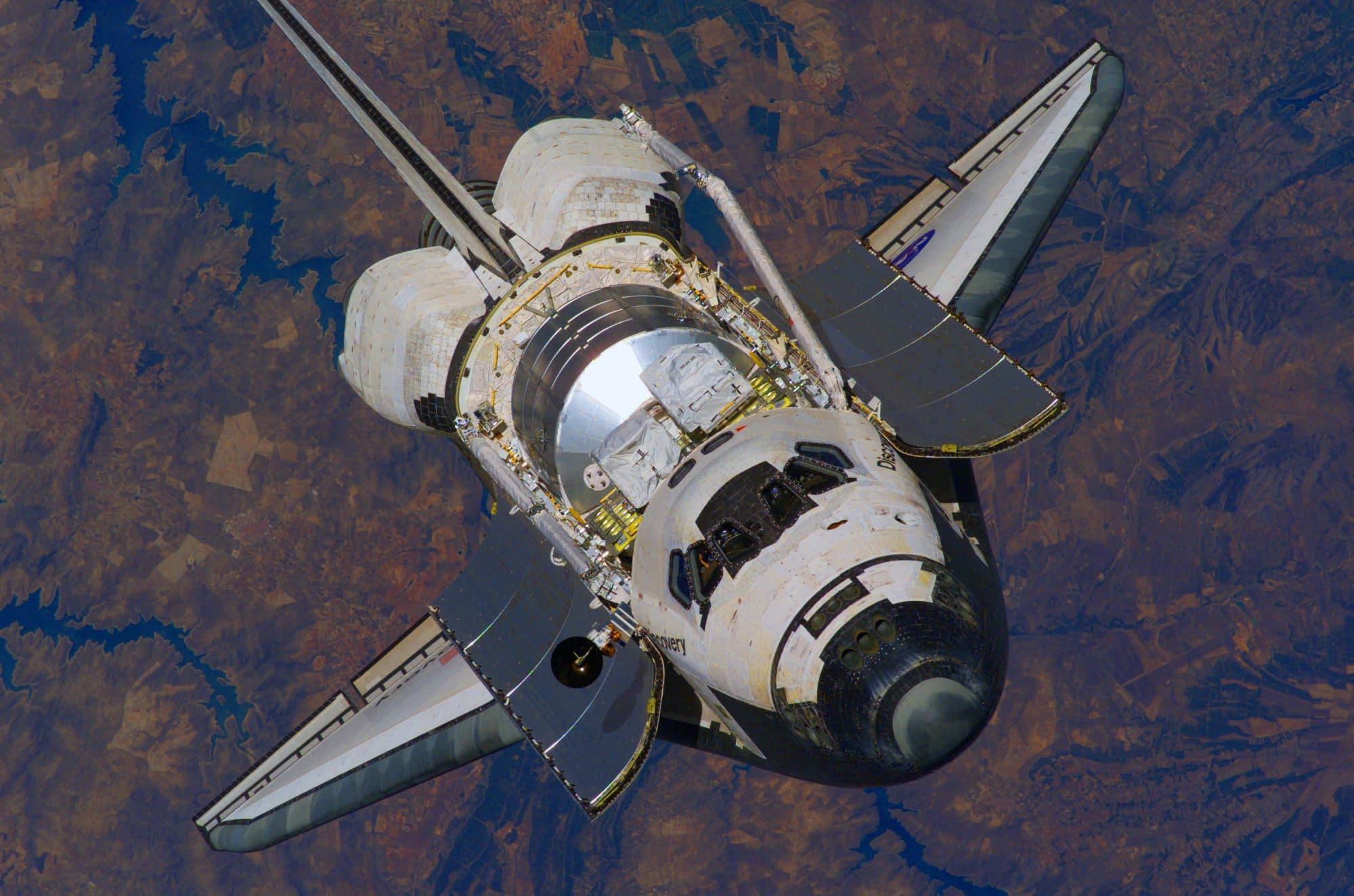 Space Shuttle Mit Offenen Ladbuchttoren Und Rms