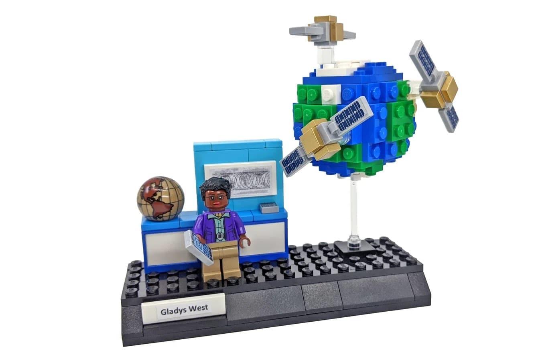 LEGO Ideas Woman Of Computing (6)