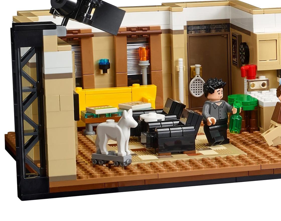 LEGO 10292 Friends Apartments Dog