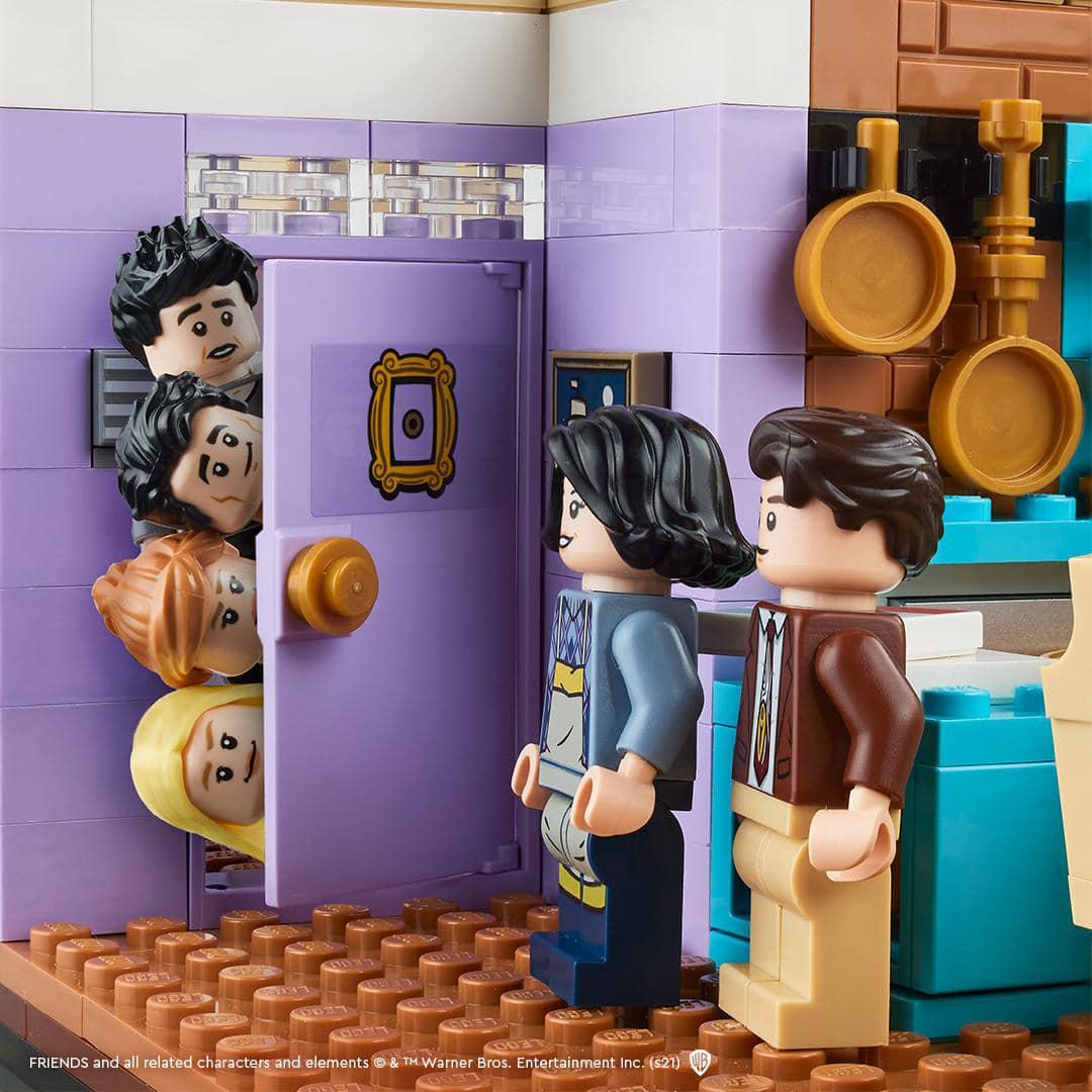 LEGO 10292 Friends Monicas Und Rachels Apartment Teaser