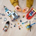 LEGO City 60308 Polizei Und Feuerwehr Im Küsteneinsatz 9