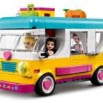 LEGO Friends 41681 Wohnmobil Und Segelbootausflug 10
